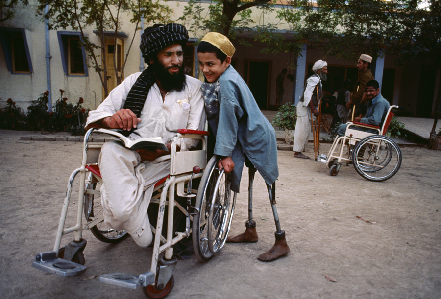 AFGHN-10118, Victims of violence, Kandahar, Afghanistan, 1985